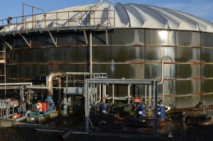 large-chemical-tank-cleaning